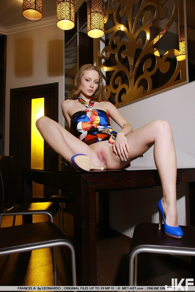 Shaved-Frances-A-from-Met-Art-a1 (18).jpg