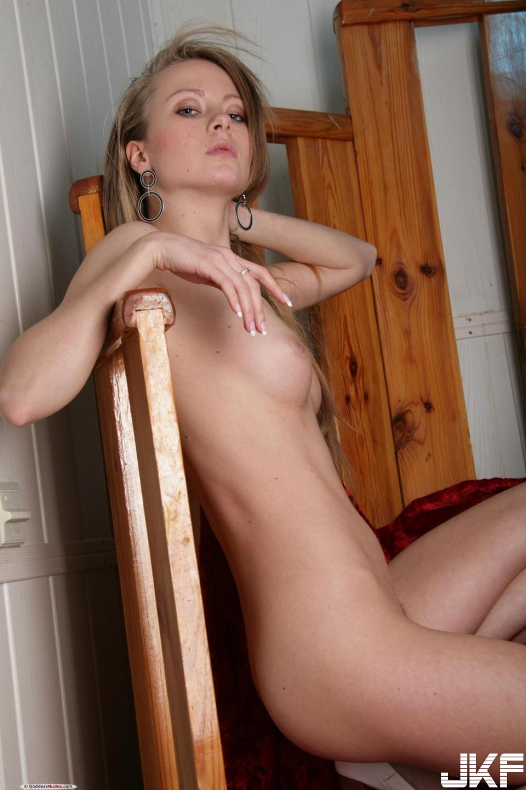 Shaved-Frances-A-with-Perky-Tits-10.jpg