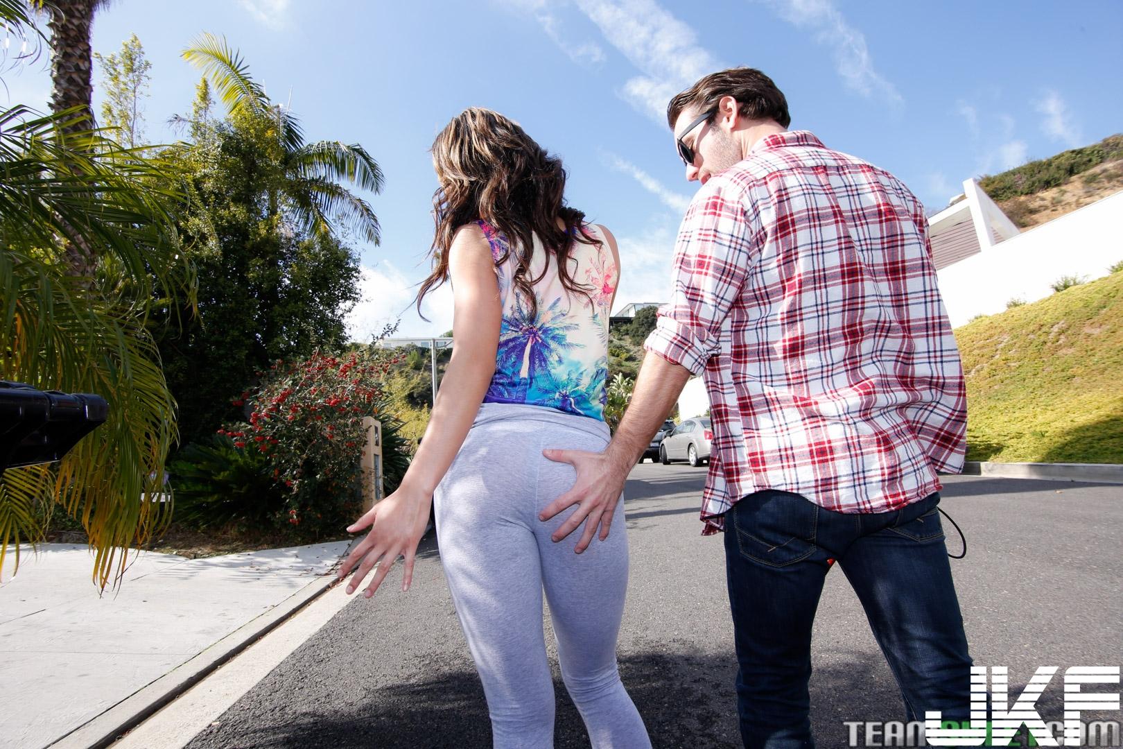 teencurves_teanna_trump_277.jpg