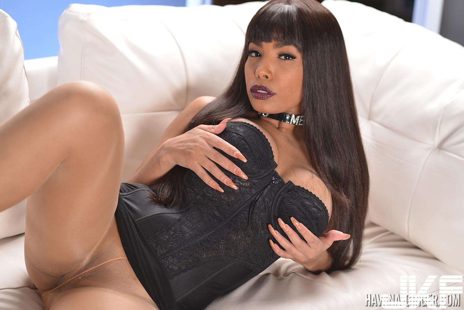 havana-ginger-black-dress-black-stockings-solo-21.jpg
