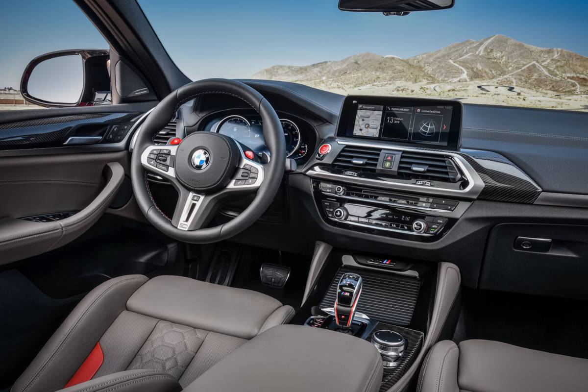 The_first-ever_2020_BMW_X4_M_Competition_28929-1200x800.jpg