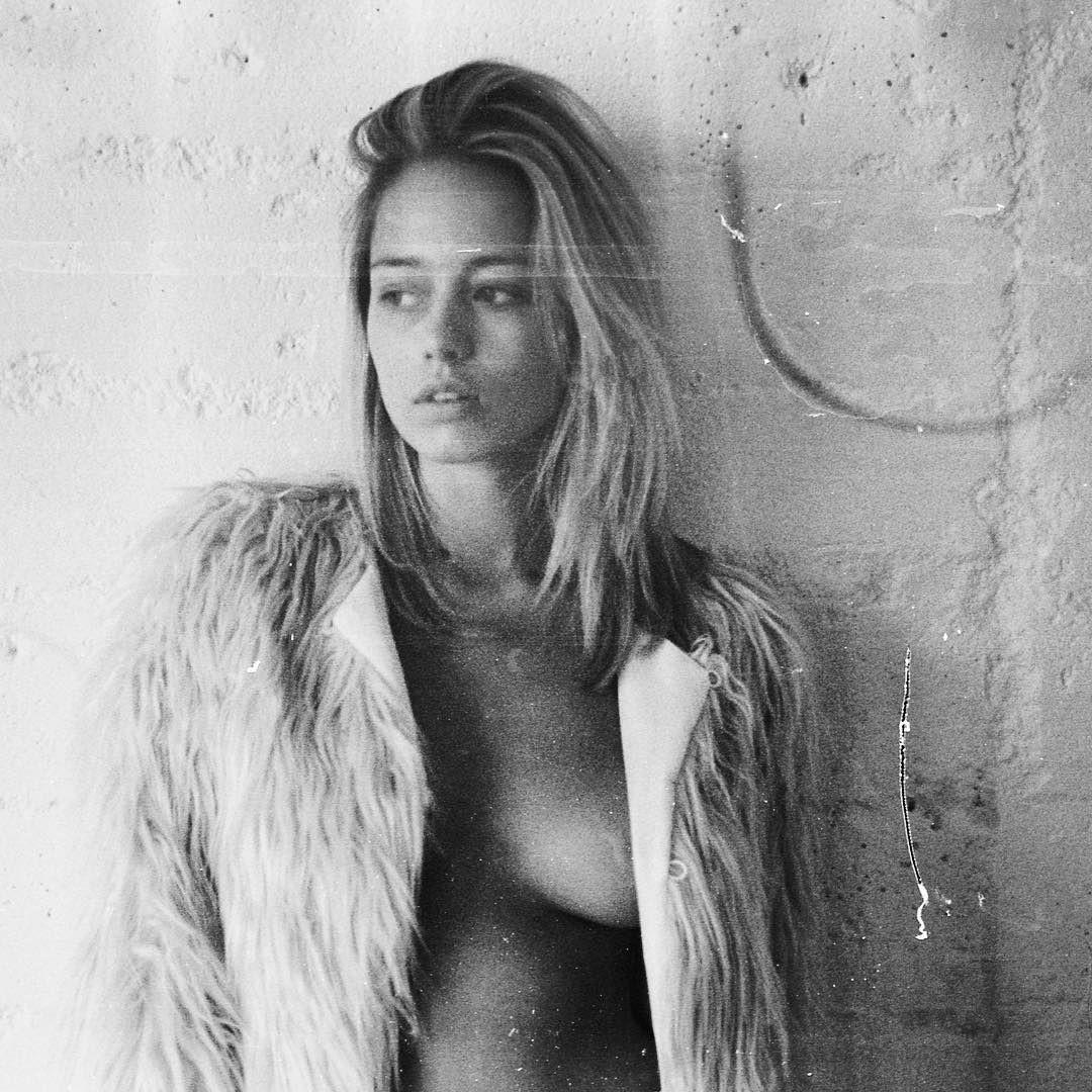 模特兒攝影師作品集系列 之-40 - 歐美美女 -