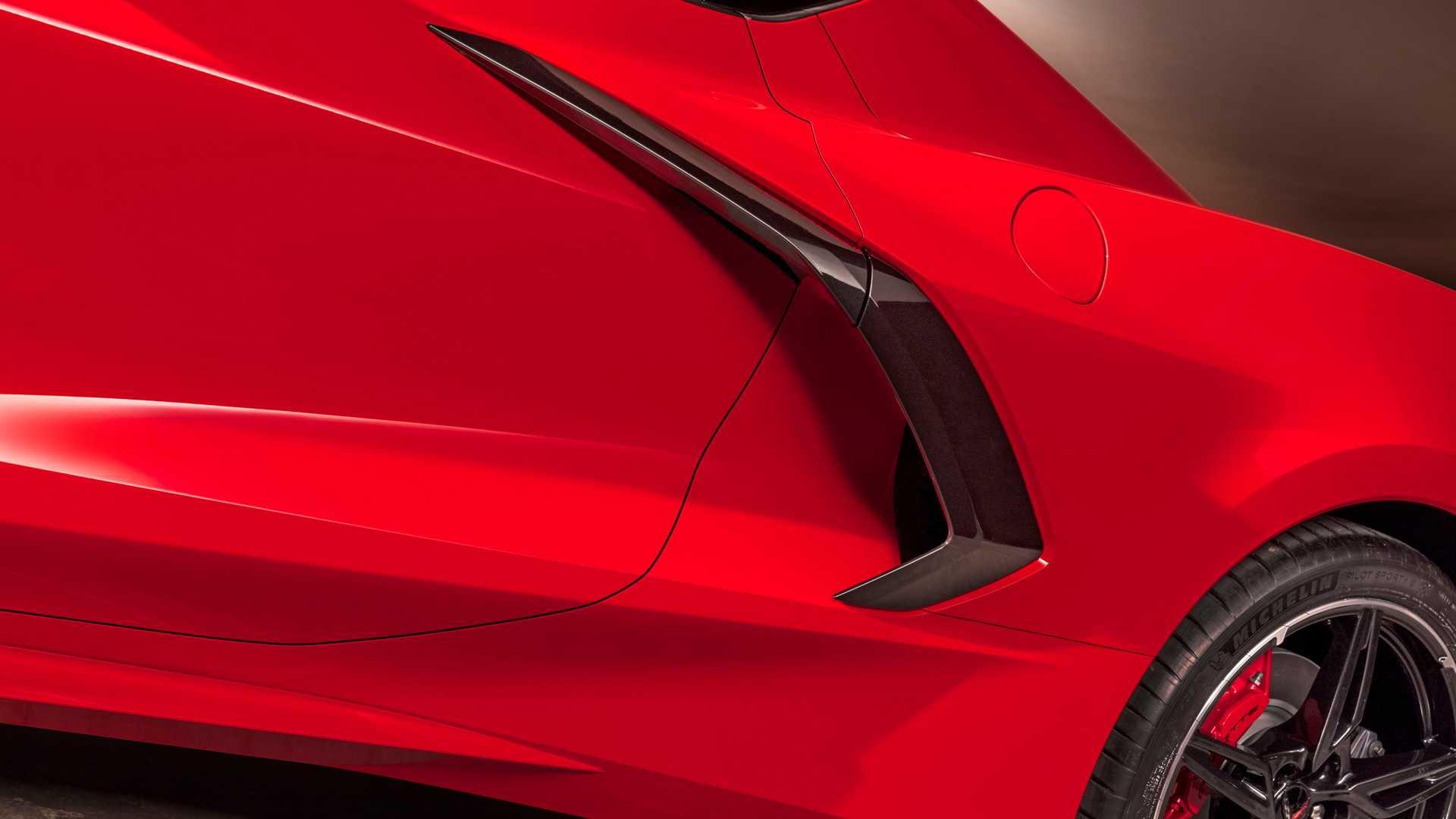 2020-chevrolet-corvette-stingray (14).jpg