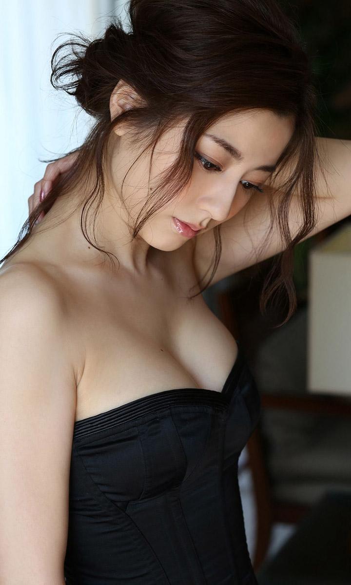 2017年1月19日  【寫真】杉本有美結婚寫真成絕響最後一次送上其白滑美乳合輯 - 亞洲美女 -