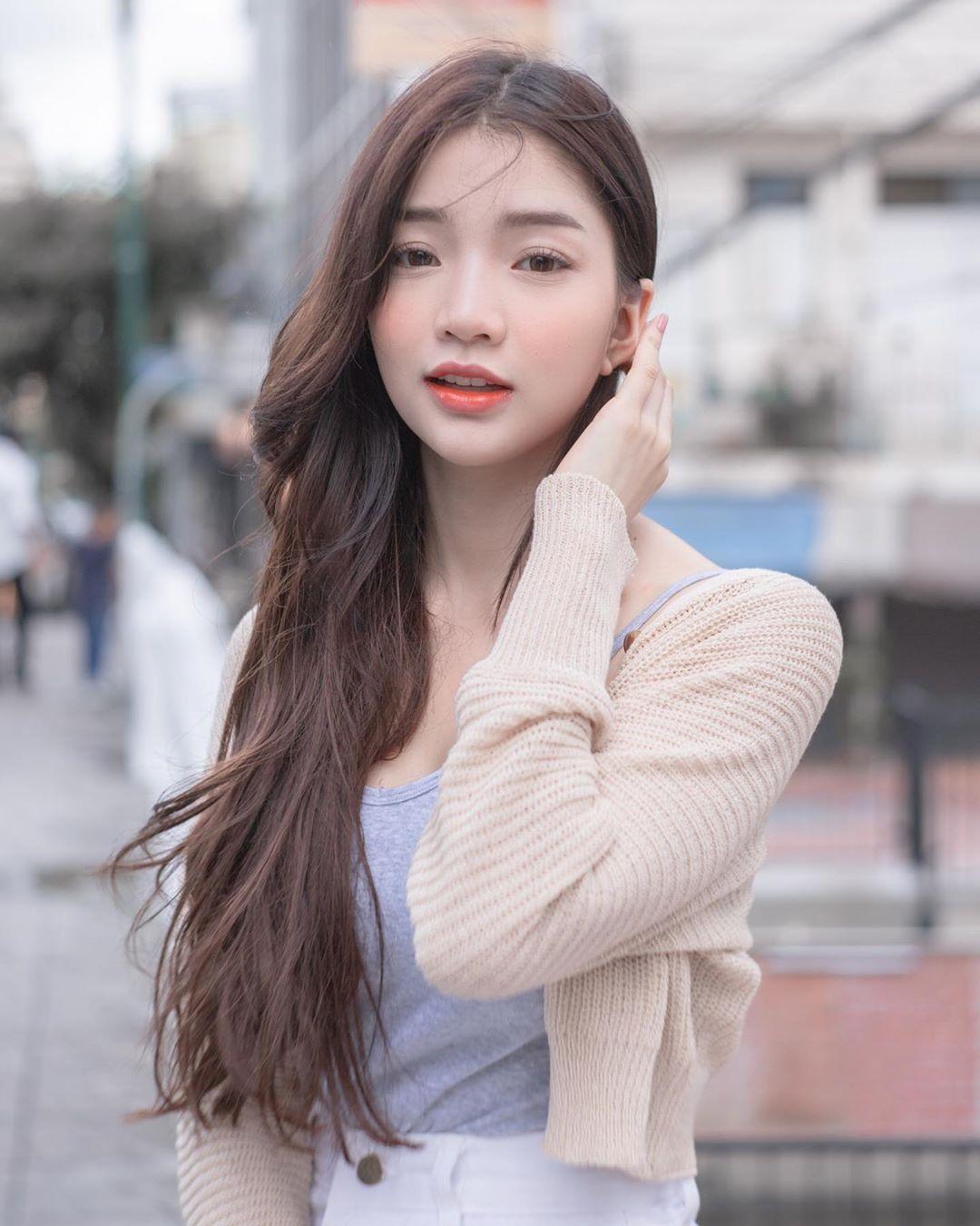 完美身材比例飽滿長輩 天然美顏讓網友躁動 - 亞洲美女 -