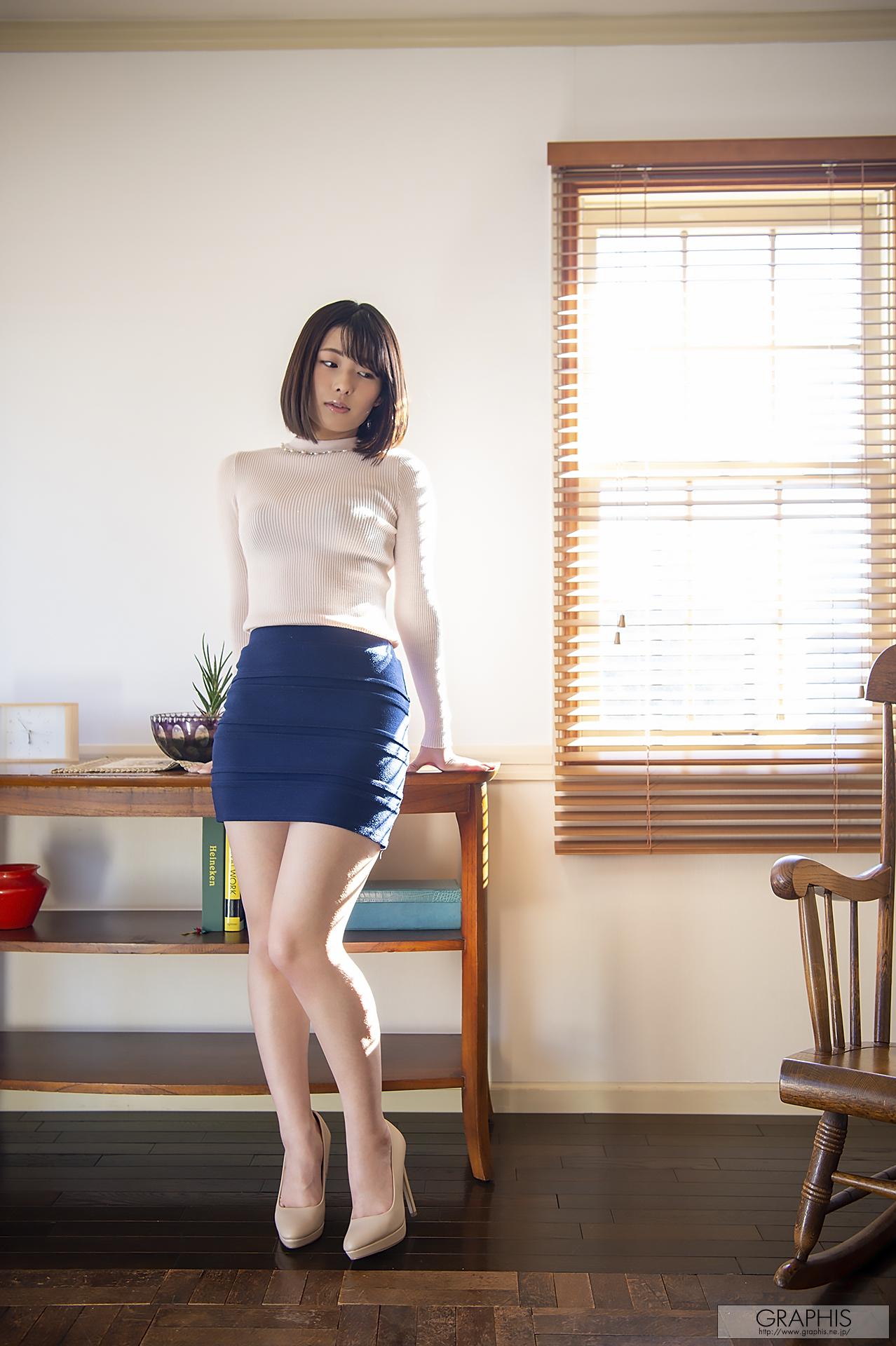 藍色內衣誘惑~ 小泉ひなた - 亞洲美女 -