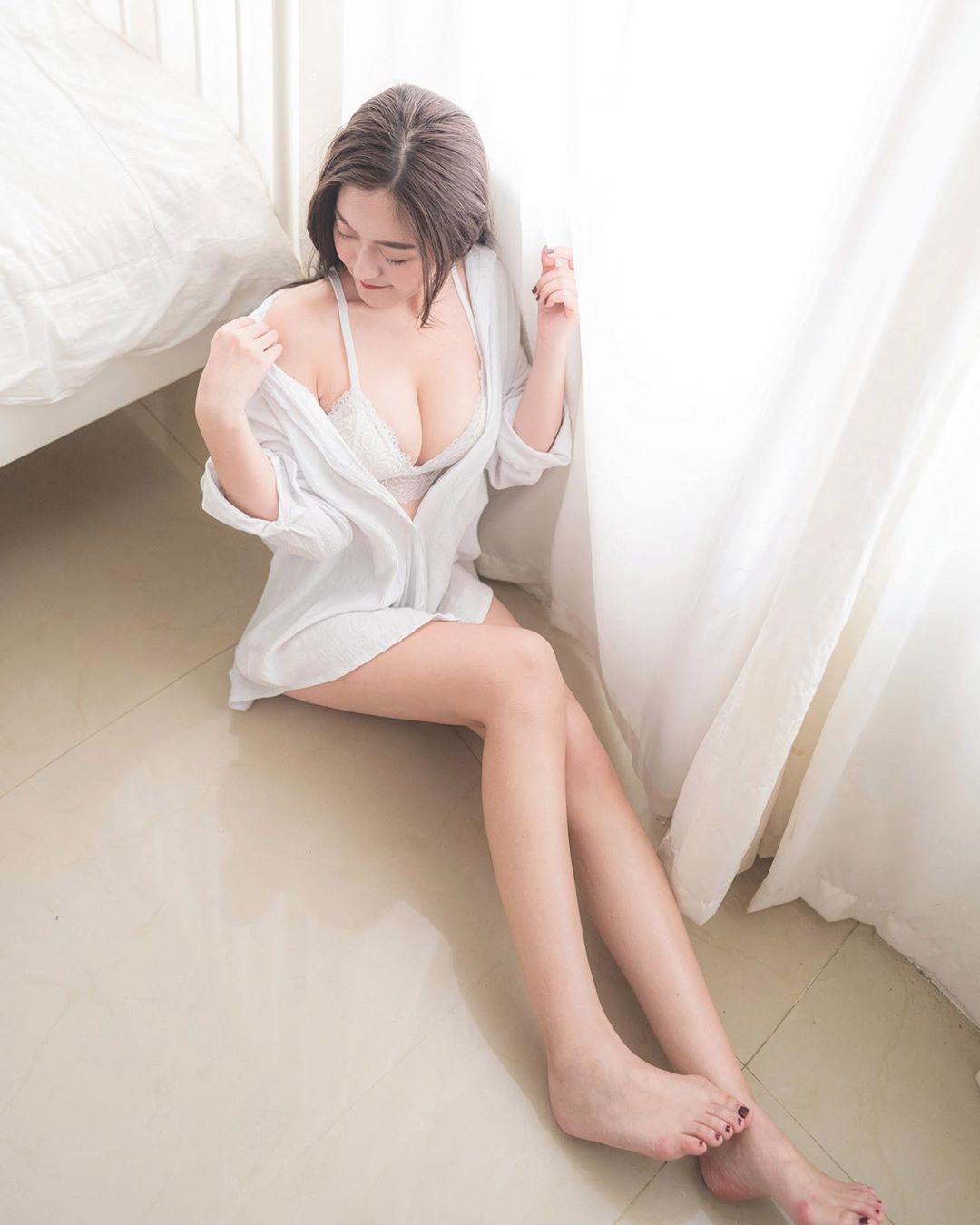 Judy Chiu  天菜級顏值加上九頭性感身材  你受得了嗎? - 素人正妹 -