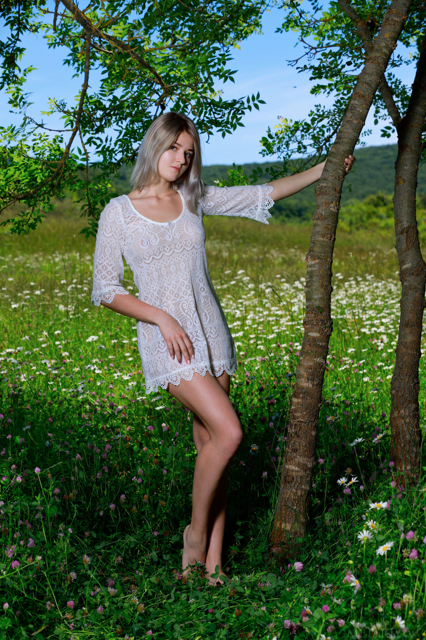 野花真的比較香 Libby - Floral Field - 貼圖 - 歐美寫真 -