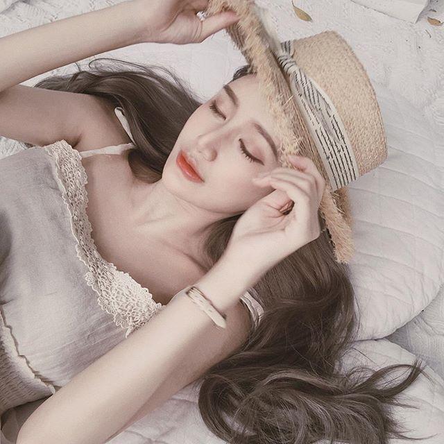 Hana Lee清新的顏值+邪惡的身材.....兩種滿足 - 美女圖 -