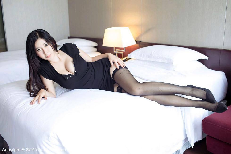女神@nova李雅私房床上魅惑黑絲襪+黑絲漁網秀美腿誘惑寫真 - 貼圖 - 清涼寫真 -