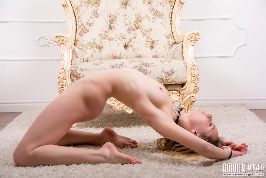 美女!這個姿勢太厲害啦! - 貼圖 - 歐美寫真 -