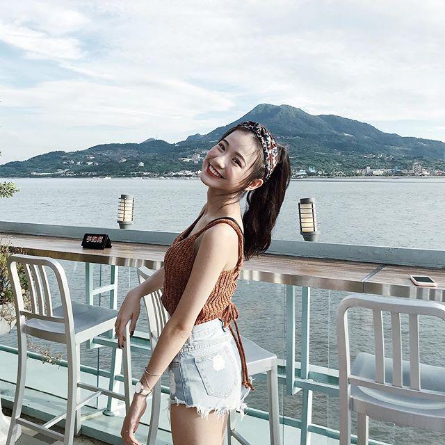 Zoe Hua  乍看小清新...想不到意外地色氣滿滿呢 - 美女圖 -