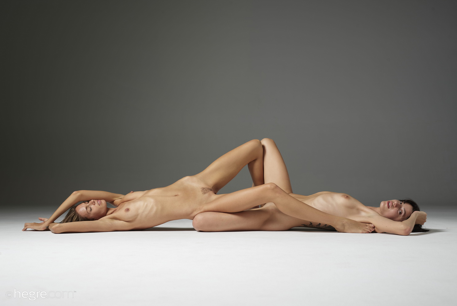 [Hegre-Art] Alya & Oksi - Duo Nudes 39 Photos ( January 12th 2020) - 貼圖 - 歐美寫真 -