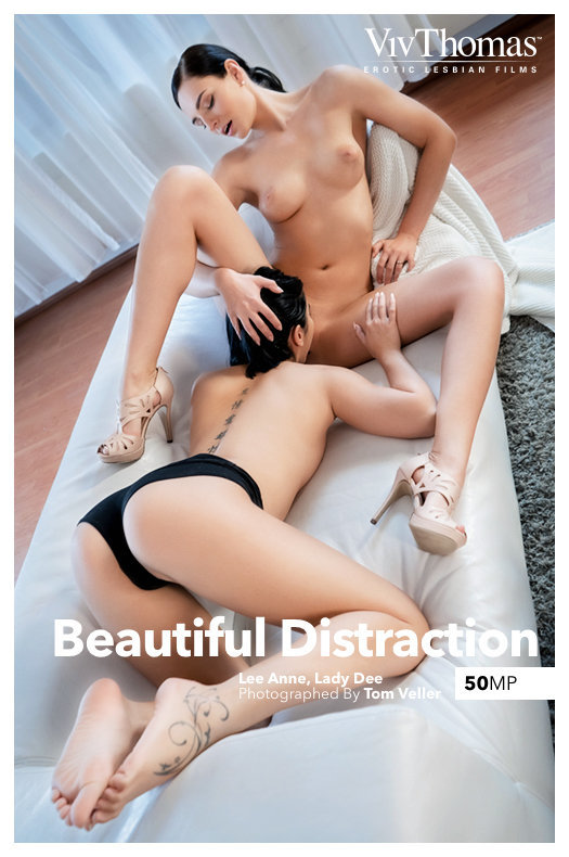 [VivThomas] Lady Dee And Lee Anne - Beautiful Distraction 01.14.20 - 貼圖 - 歐美寫真 -