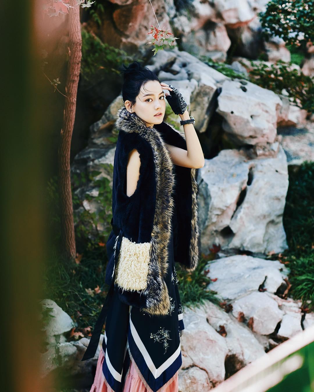 小蝴蝶姊姊拿權杖拯救地球 胡扯嘛 李詩穎 - 美女圖 -