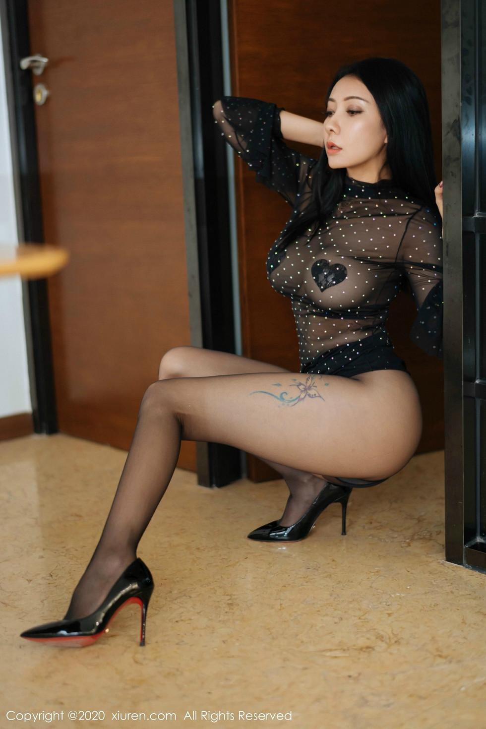 嫩模果兒Victoria私房黑色薄紗透視秀豪乳遮點極致誘惑寫真 - 貼圖 - 清涼寫真 -