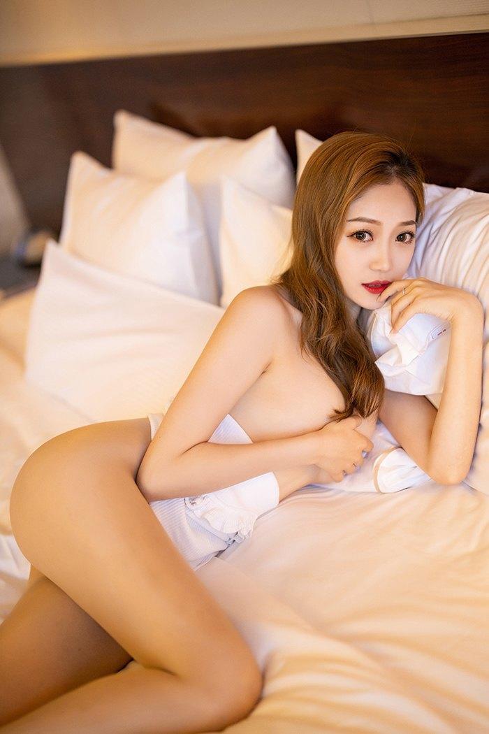 床上御姐的美腿 - 貼圖 - 清涼寫真 -