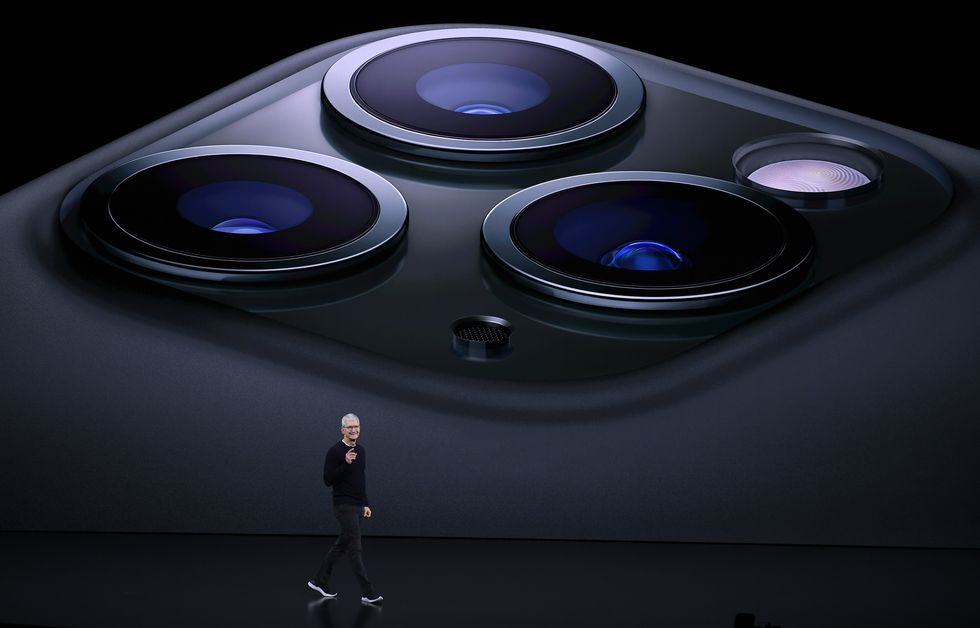 apple-ceo-tim-cook-delivers-the-keynote-address-during-an-news-photo-1584510147.jpg