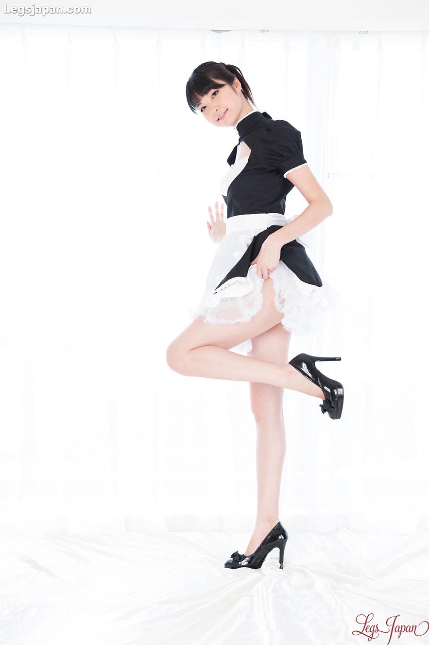 美腿松田安娜拉高了裙子! - 貼圖 - 清涼寫真 -