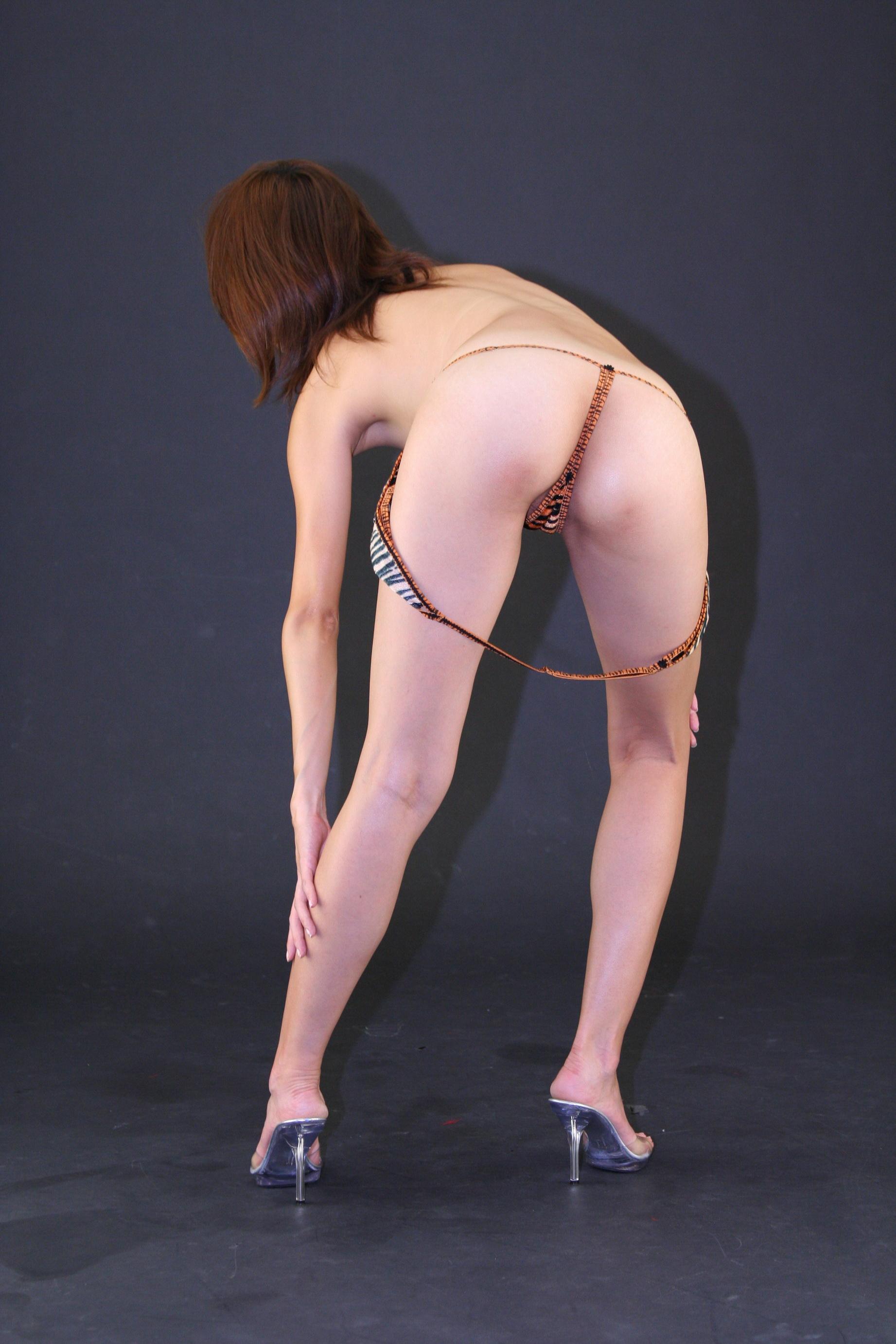 俏模Vicky2016.04.02大尺度私拍(二) - 貼圖 - 絲襪美腿 -