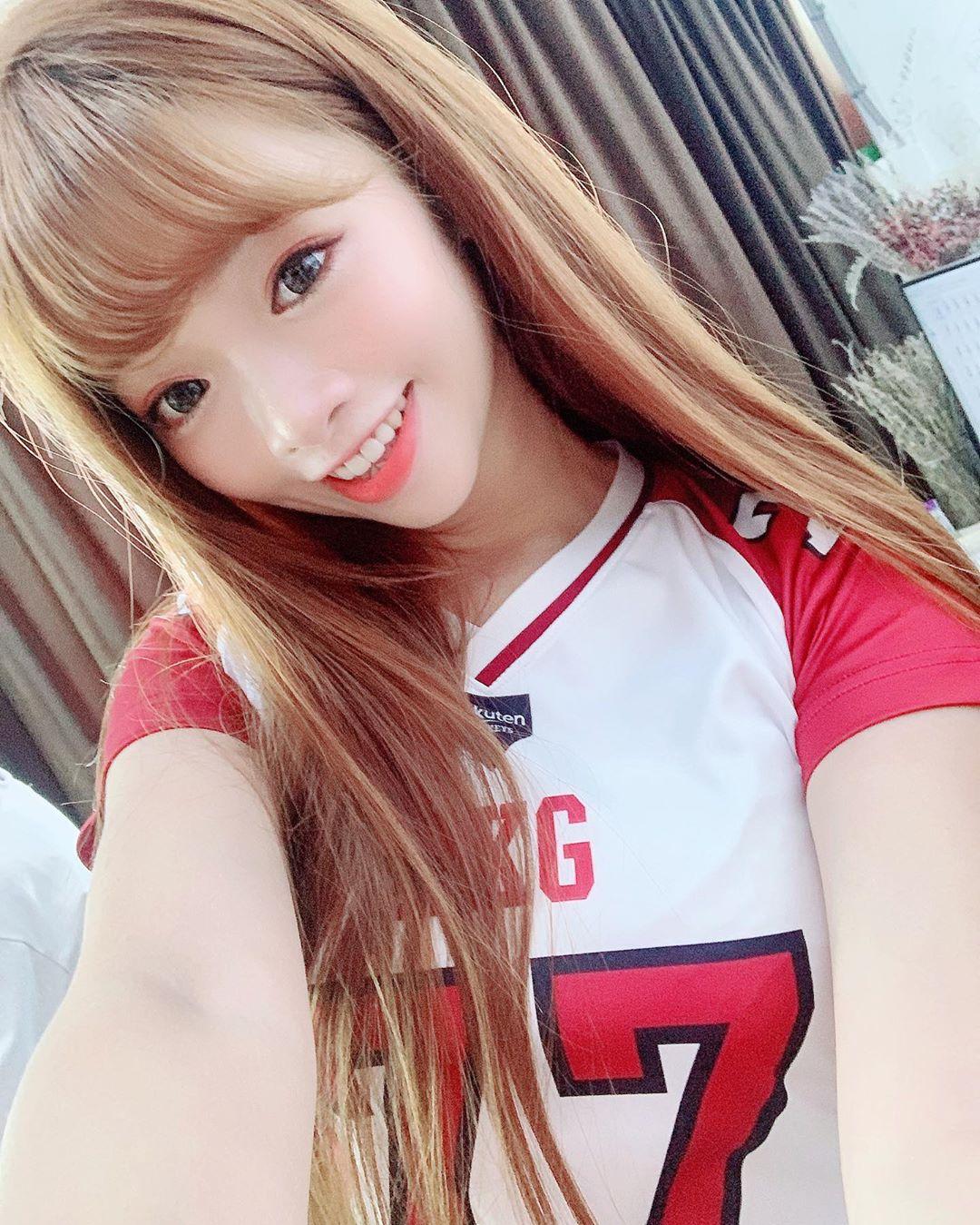 曲羿Chuyi  清純甜美讓人不心動也難 - 美女圖 -