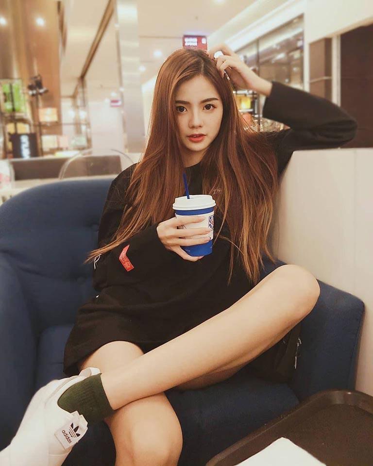 靖汶 Jin Wen 大馬美女清新臉蛋配上修長美腿太正了 - 亞洲美女 -