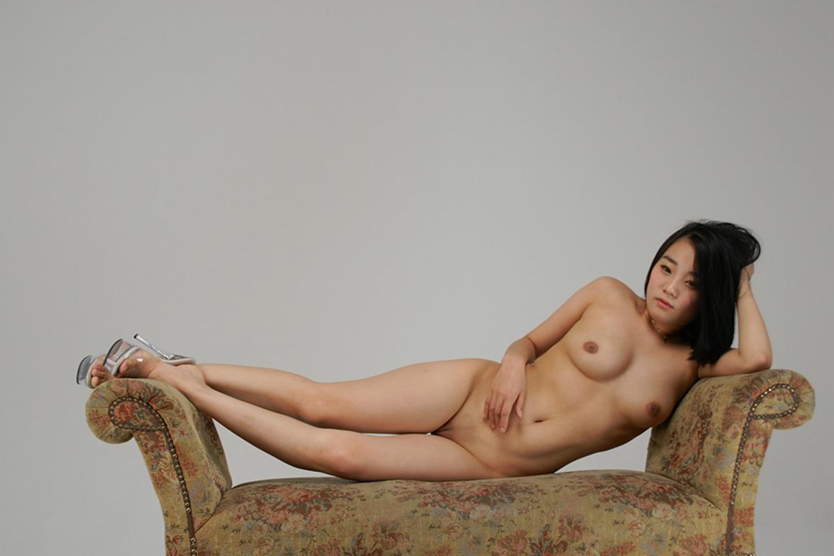 小模特 芷嫣全裸寫真 - 貼圖 - 清涼寫真 -