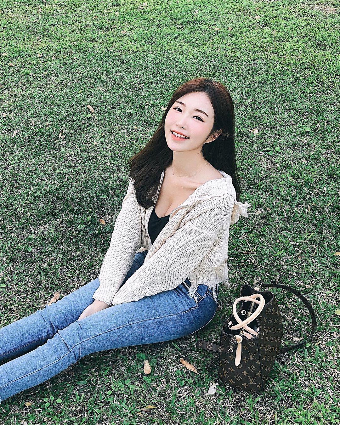 黃上晏Rubis  氣質系女神療癒的笑容太完美 - 美女圖 -