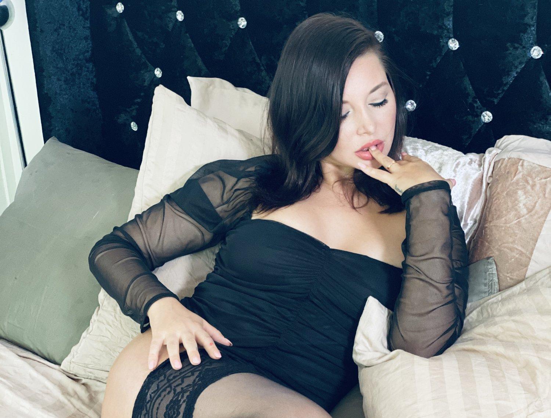 俄羅斯暗黑女優《Anna Polina》御姐魂爆發上下開吃 - 歐美美女 -