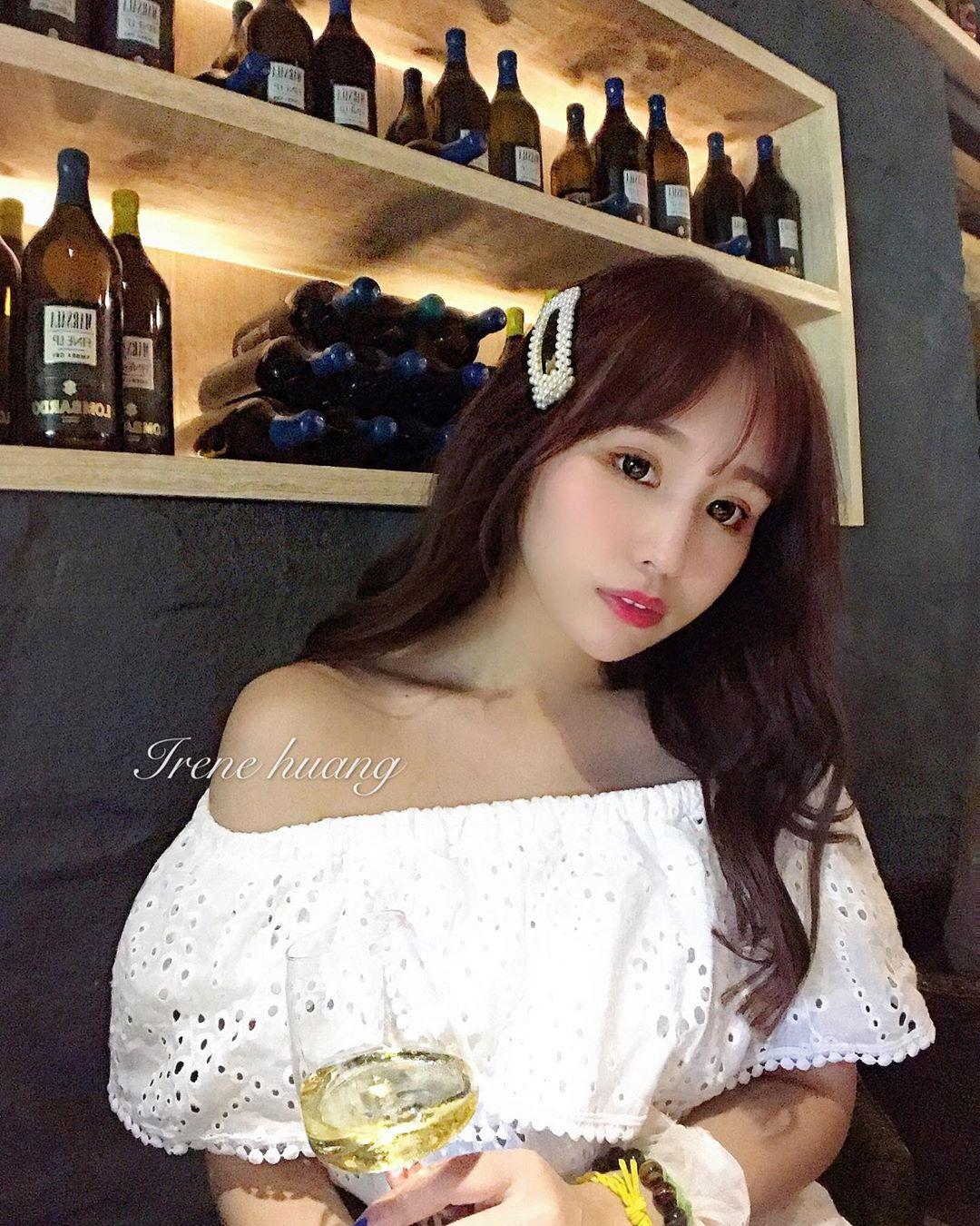 IreneHuang媁哥  高挑白皙可愛妹子.....小露事業線 - 美女圖 -
