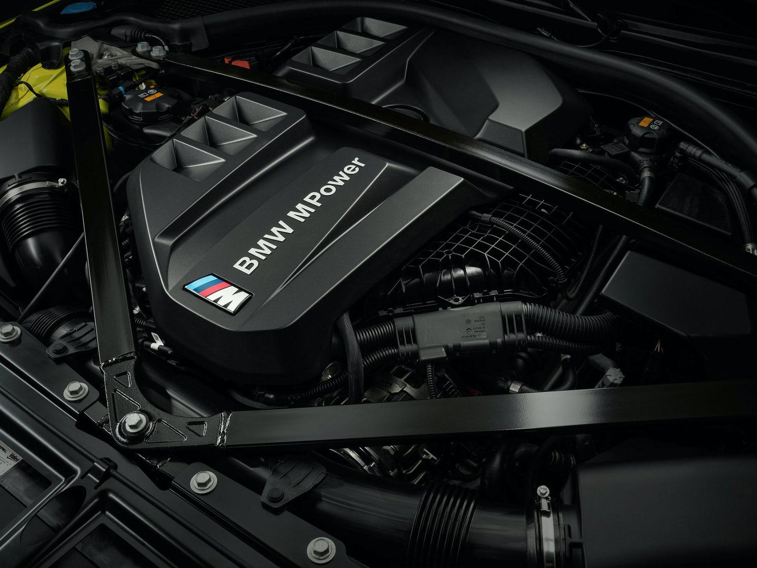 bmw-m4-competition-engine-1.jpg