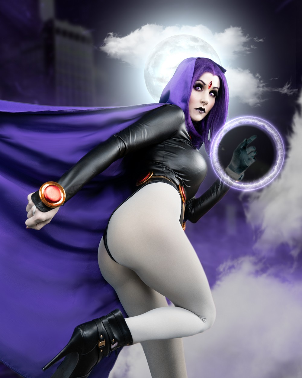 Angie Griffin – Raven - COSPLAY -