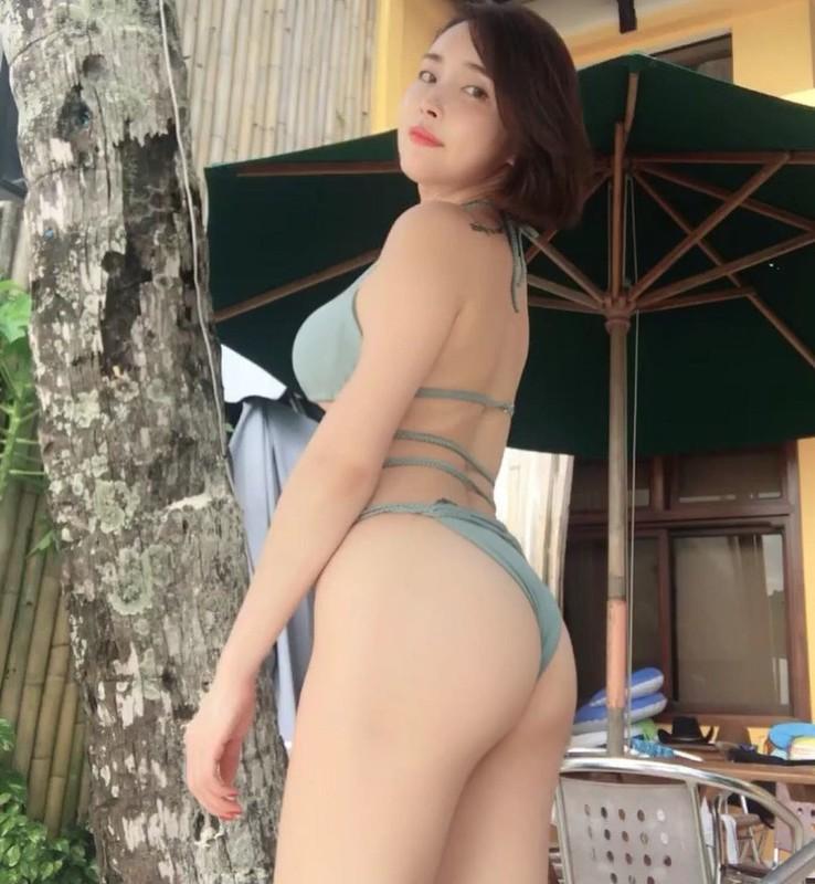 正妹SUNMI試穿性感內衣與小褲褲鏡子前性感拍辣翻 - 美女圖 -