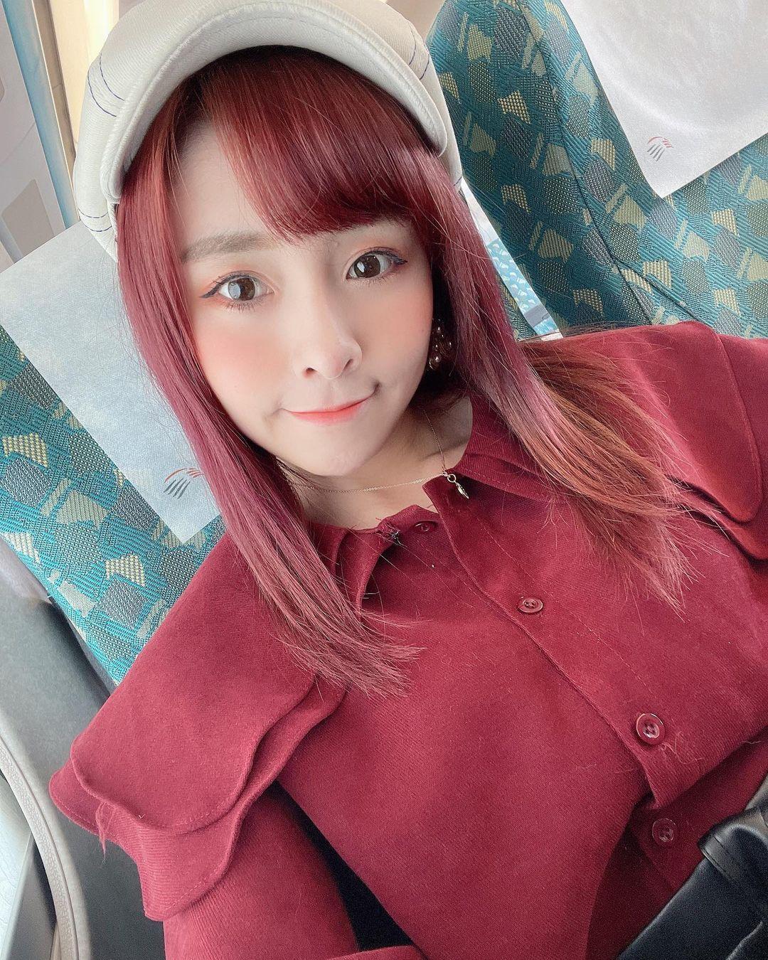 張語芯yuxin  「水靈大眼」可愛破表 - 美女圖 -