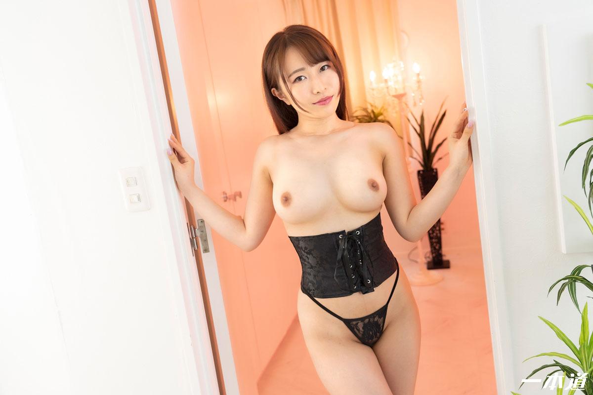 日系美女森田的大奶肥臀 - 貼圖 - 性感激情 -
