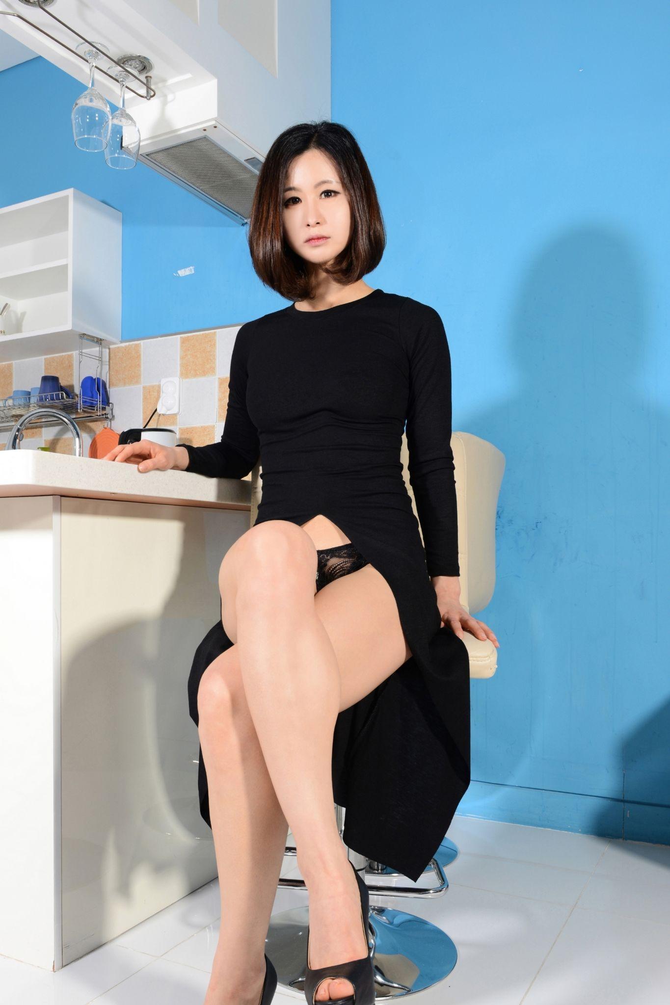 【模特養成】韓模 -NAYEONG 美模居家私拍無聖光福利圖 03 - 貼圖 - 絲襪美腿 -