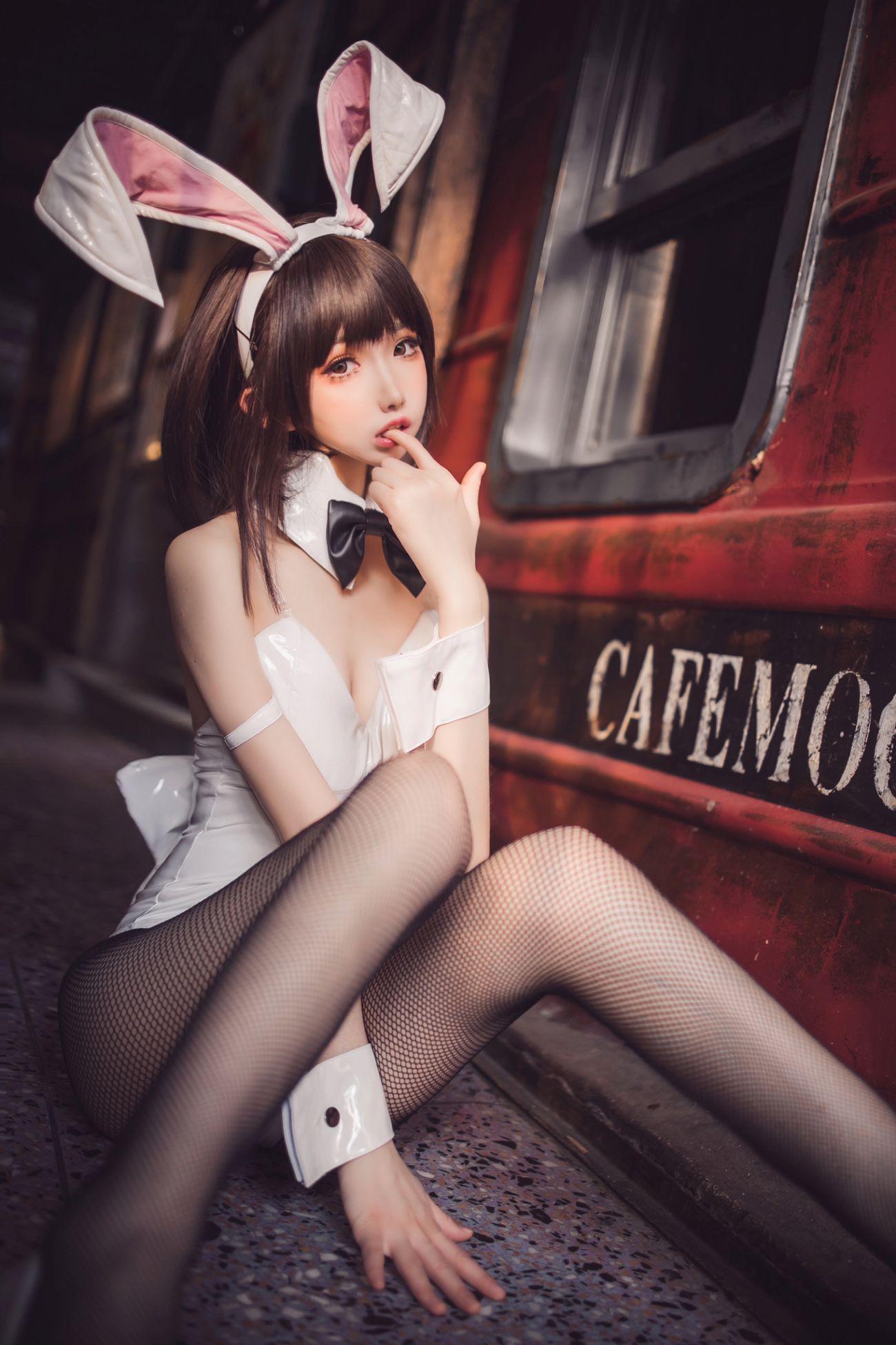衣衣 加藤惠兔女郎 - COSPLAY -