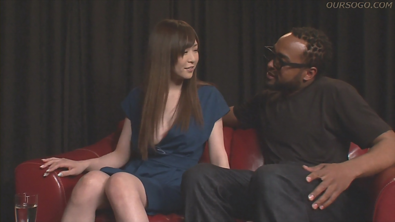 X1X.com 雨宮琴音人氣女優最高挑戰黑人~瞧她那騷樣 - 貼圖 - 性感激情 -