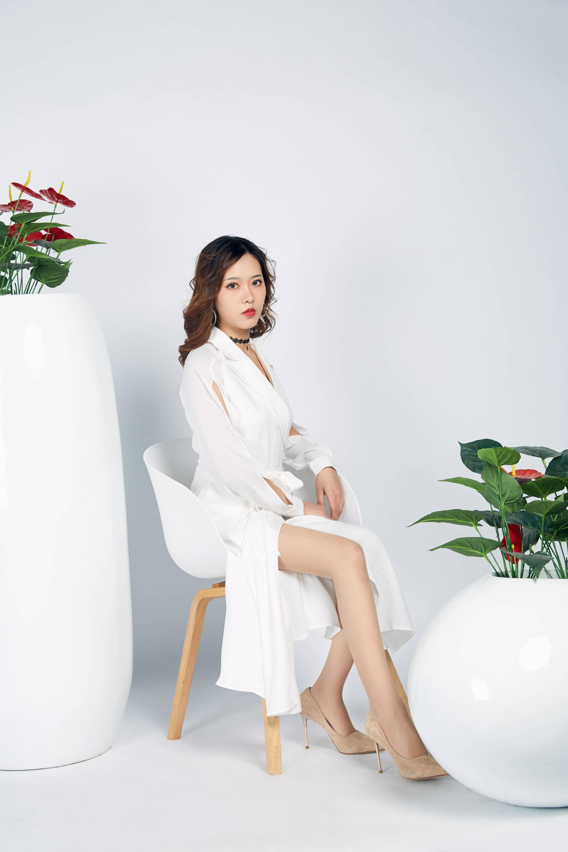 【奈絲寫真】NO.024 晨靜-白色開衩連衣裙【33P】 - 貼圖 - 絲襪美腿 -
