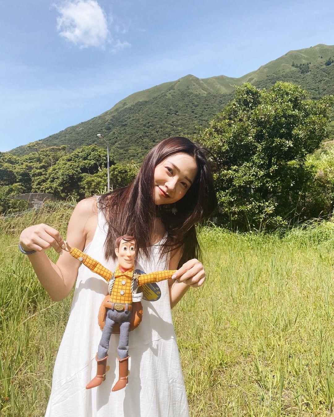 長髮氣質演員 Shiuan 甜美笑容迷倒一群人 - 美女圖 -