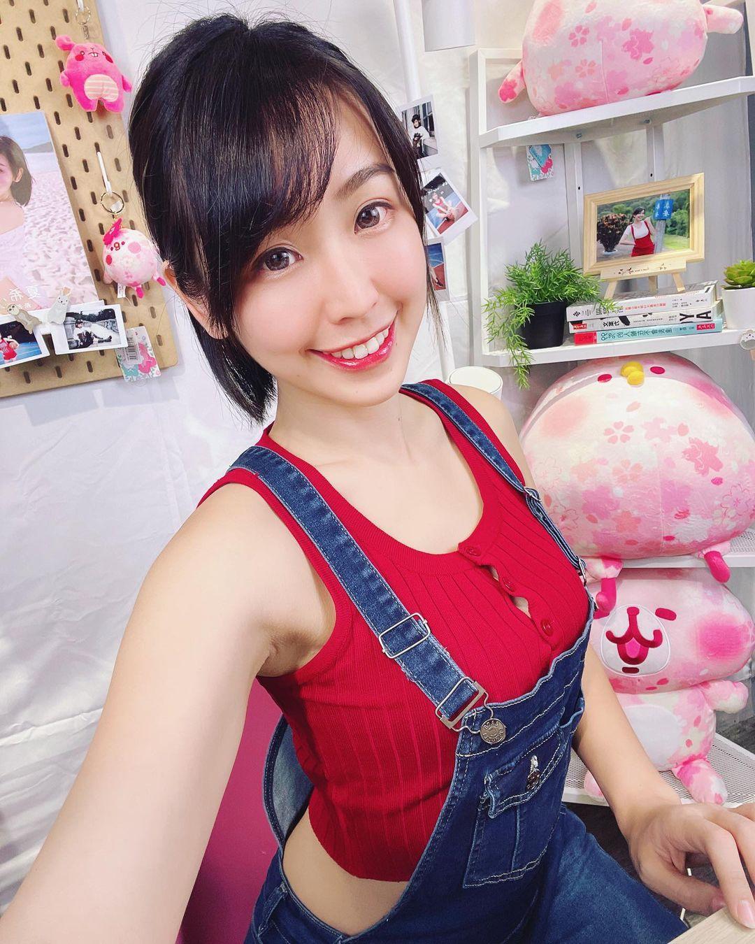 時裝模特希希 超卡哇伊妹子cosplay超胸魯夫 - 美女圖 -