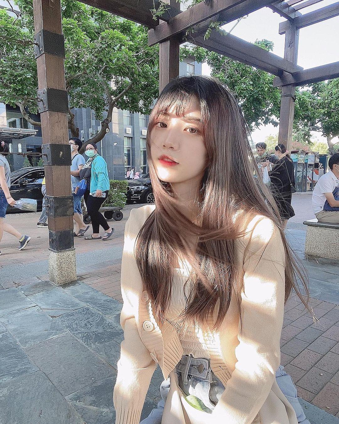 韓系妹子惟蒨 夢幻長相美到有點不真實 空靈氣質渾然天成 - 美女圖 -