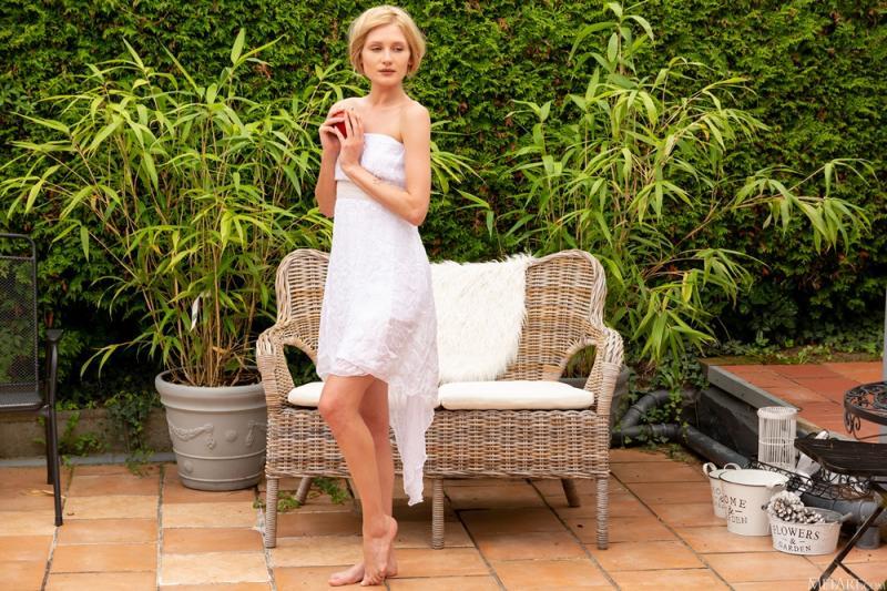 Gerda Rubia - Grecian Goddess - 貼圖 - 歐美寫真 -