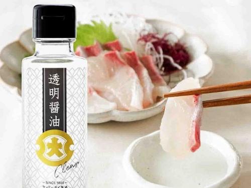 怪怪的!日本發明「透明醬油」預防衣物沾染汙漬?!